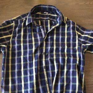 3/$15 mens button shirt